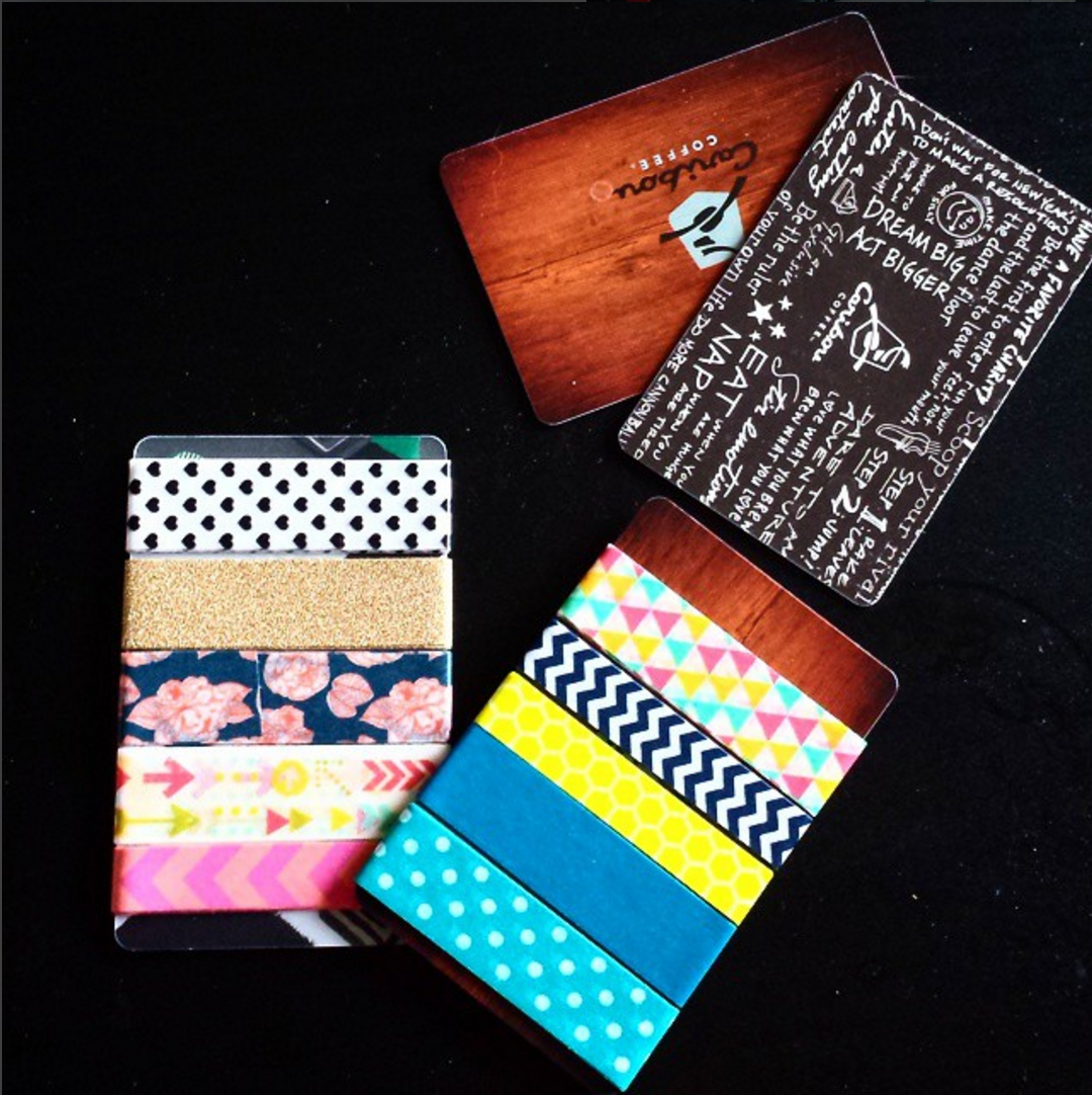 Ain't nobody got time to carry rolls of tape with you - put those old gift cards to use! // www.prettyprintsandpaper.com